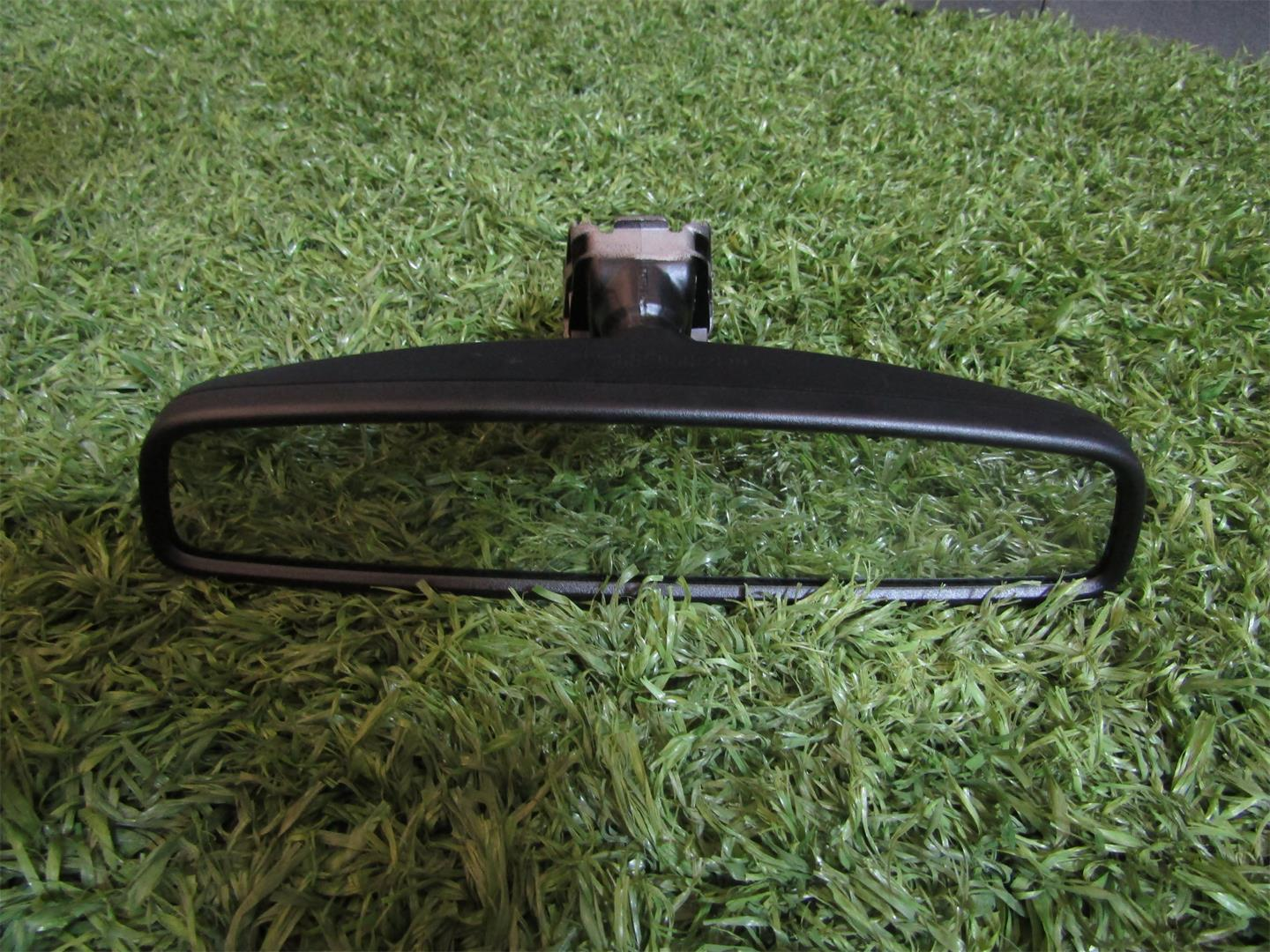 Volkswagen  T-Roc  Retrovisor central