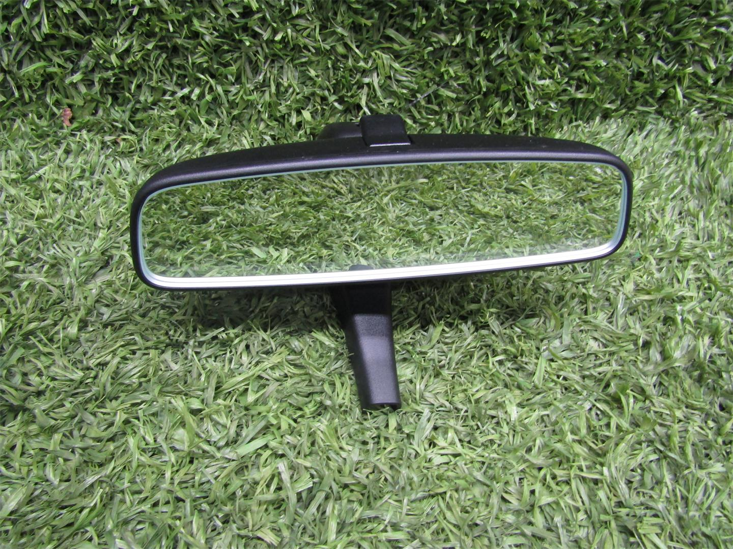Audi  A3 8V Espejo retrovisor interior central